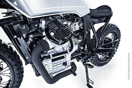 Honda Silver Wing GL500: Thỏi nam châm hút mọi ánh nhìn - 4