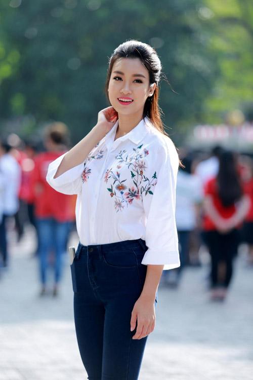 Tóc Tiên, Midu tiết lộ điểm thi đại học cao ngất khiến fan ngưỡng mộ - 9
