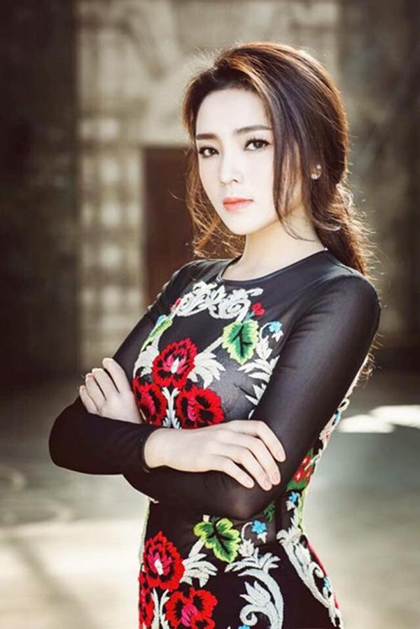 Tóc Tiên, Midu tiết lộ điểm thi đại học cao ngất khiến fan ngưỡng mộ - 11