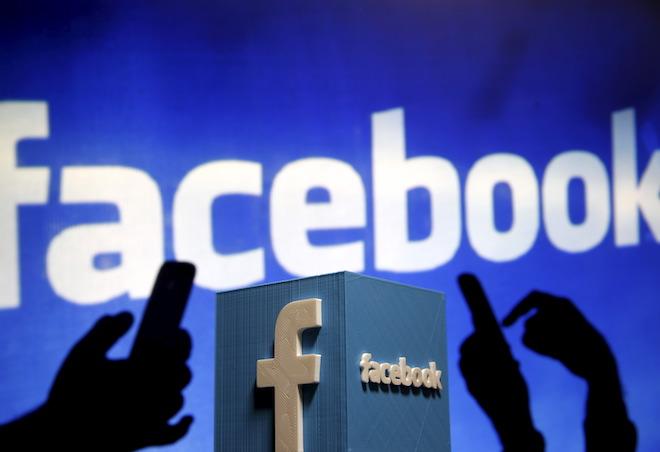 Người đăng Facebook hơn 50 lần mỗi ngày thường phát tán spam và tin giả mạo - 1
