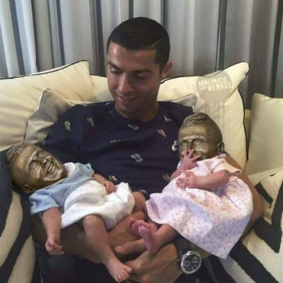 """Ronaldo đổi ý ở lại Real: Vì các con, vì """"Bố già"""" Perez - 6"""