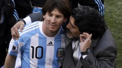 Khó tin: 2 Messi cùng cưới vợ chung ngày và địa điểm - 5