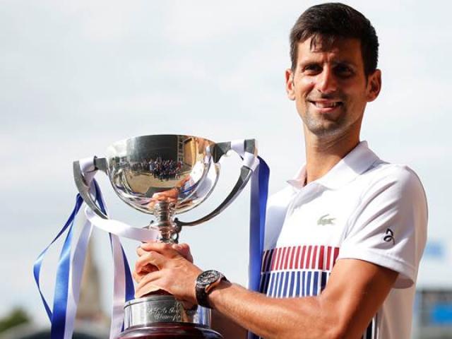 Wimbledon: Vừa đoạt cúp, Djokovic