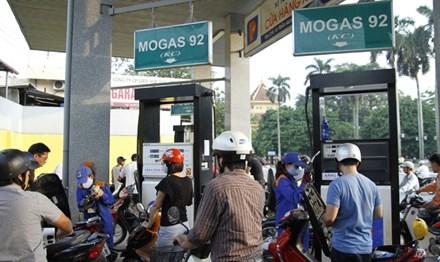Tăng khung thuế môi trường với xăng dầu từ tháng 7/2018? - 1