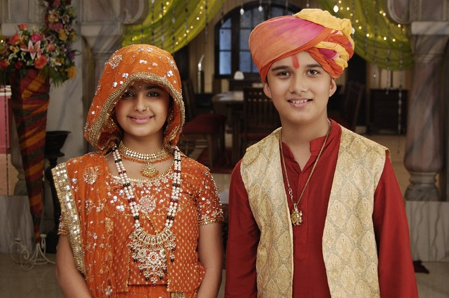 """Avika Gor sinh ngày 30/6/1997 tại Mumbai. Cô đóng vai chính Anadi trong """"Cô dâu 8 tuổi"""" khi mới 11 tuổi."""