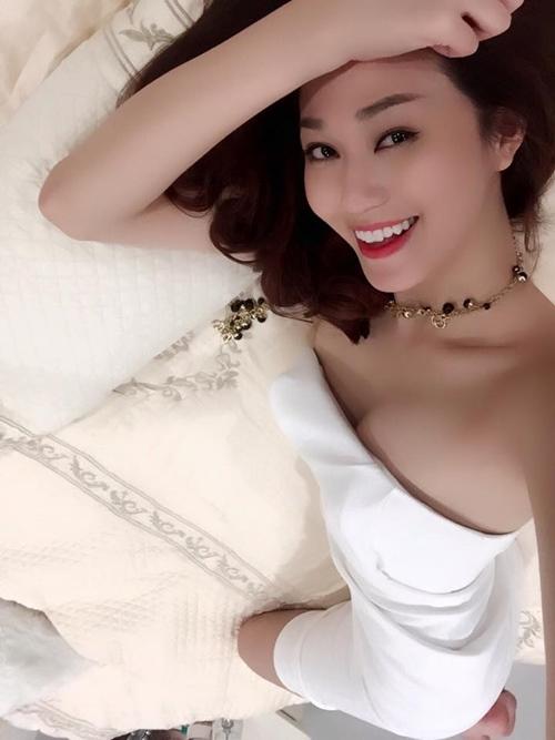 Khánh My phải e dè trước nhan sắc U50 của vợ tài tử TVB Mã Đức Chung - 12