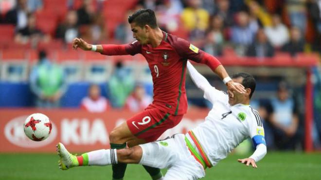 Bồ Đào Nha - Mexico: 2 quả penalty, 3 thẻ đỏ & kịch bản khó ngờ - 1