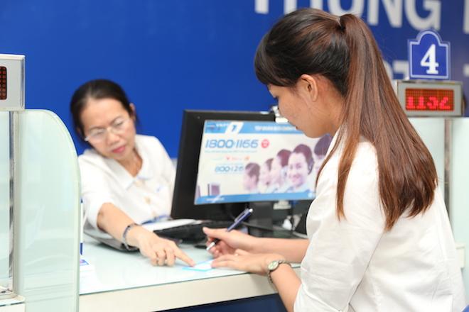 Việt Nam đang có bao nhiêu thuê bao di động và internet? - 1