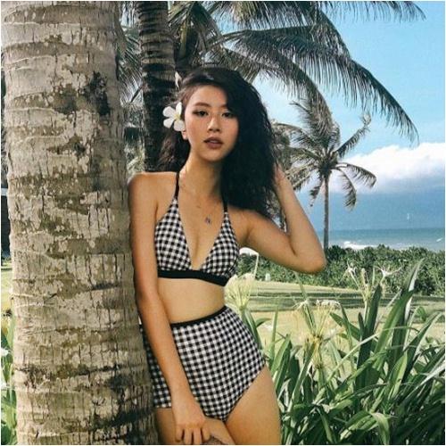 Hotgirl Việt chẳng cần ngực bự vẫn gợi cảm! - 1