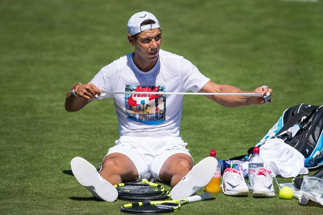 Tennis Wimbledon ngày 1: Kyrgios gặp vận đen, Wawrinka thua sốc - 2