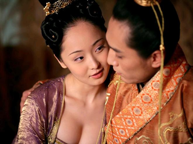 Cảnh phim gây tranh cãi nhất thế giới điện ảnh của Trương Nghệ Mưu - 2