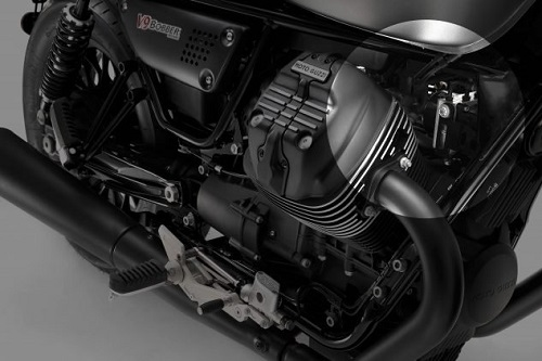 Piaggio thu hồi Moto Guzzi V7 III và V9 do sự cố dầu phanh - 2