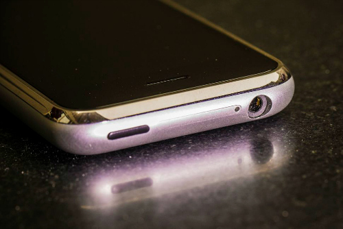 Từ iPhone đầu tiên đến iPhone 7 Plus: Apple đã lột xác thế nào? - 4