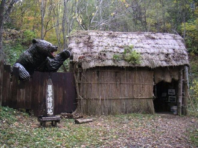 """Gấu """"tử thần"""" cao 2,7m ăn thịt người gây kinh hoàng ở Nhật - 2"""