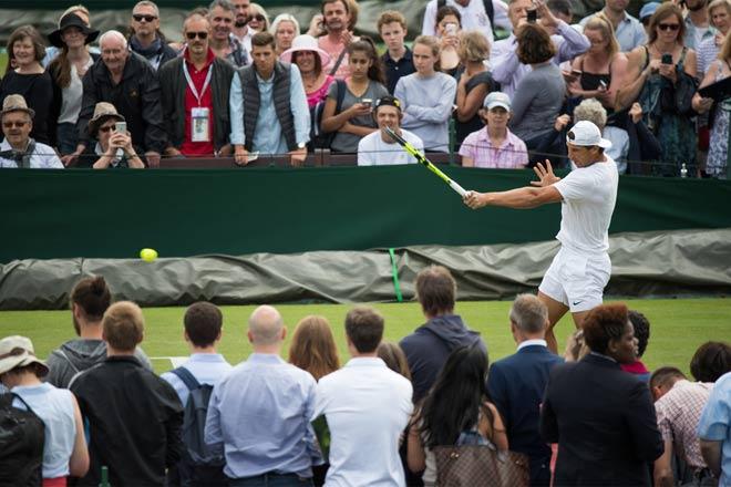 """Tin nóng Wimbledon ngày 1: Tưng bừng khai màn """"đại tiệc"""" - 3"""