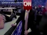 Thế giới - Ông Trump tự đăng video đấm túi bụi… đài CNN