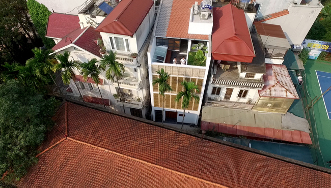 Ngôi nhà đặc biệt được tạp chí kiến trúc hàng đầu thế giới ArchDaily ngợi khen lần này nằm ở quận Tây Hồ, Hà Nội.