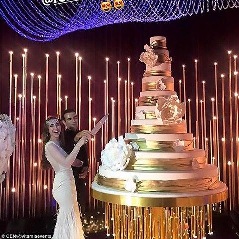 """Hai triệu phú Nga """"đốt"""" 220 tỉ làm đám cưới cho con - 2"""