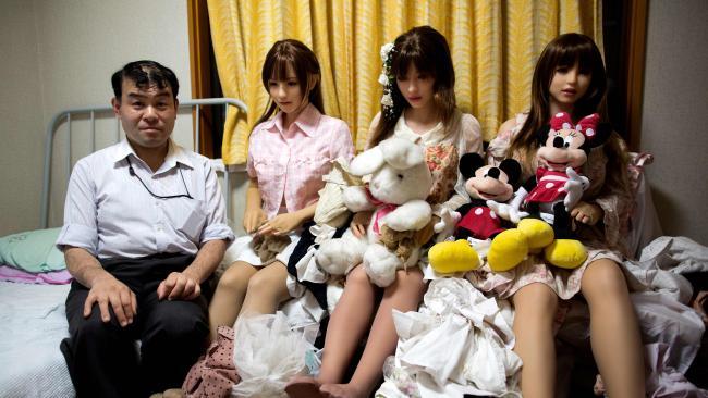 """Đàn ông Nhật nghiện yêu vợ """"nhựa"""" hơn vợ thật - 5"""
