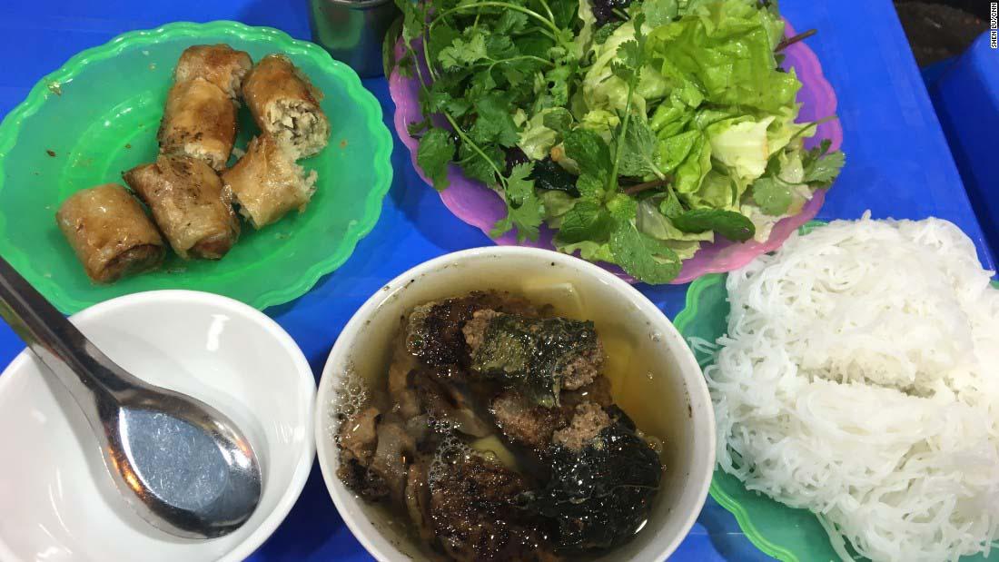 10 món ăn đường phố Việt Nam được báo nước ngoài hết mực ca ngợi - 2
