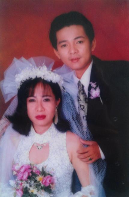 Vợ bị chê vừa già vừa xấu, Phan Hiển dẫn đầu top sao nam đáp trả đanh thép - 8