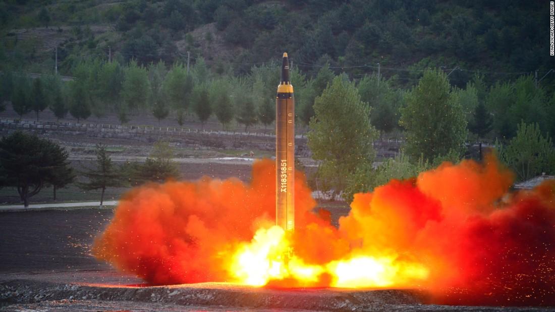 Triều Tiên lần đầu tuyên bố bắn thành công tên lửa liên lục địa - 1