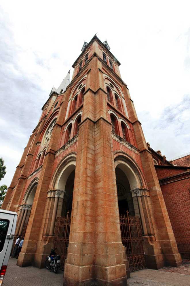 Ngắm Nhà thờ Đức Bà 140 năm tuổi ở Sài Gòn trước ngày trùng tu - 6
