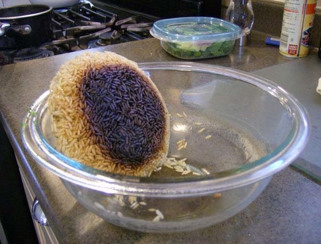 """Cười """"đau ruột"""" với những thảm họa khó đỡ khi nấu nướng - 12"""