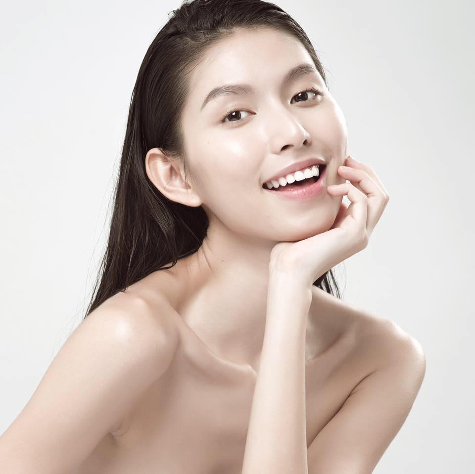 """Dung nhan """"ác nữ xắt xéo"""" đang hot nhất Next Top Việt - 7"""