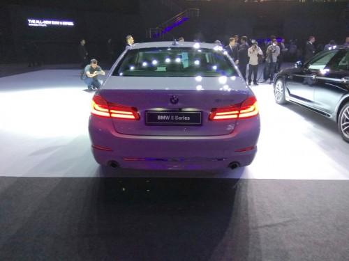 BMW 5-Series 2017 nâng giá khởi điểm lên 1,74 tỷ đồng - 2