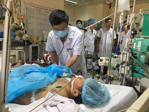 """Sự cố y khoa ở Hòa Bình: Nhiều bác sĩ đặt câu hỏi """"khi nào tôi bị bắt?"""" - 1"""