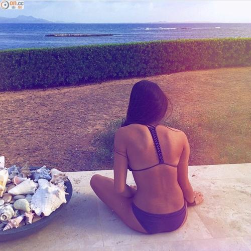 Con gái tuổi teen bốc lửa của nữ thần phim 18+ Hong Kong - 5