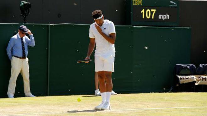 Tin nóng Wimbledon ngày 4: Ném tiền vào trọng tài, sắp ăn trái đắng - 6