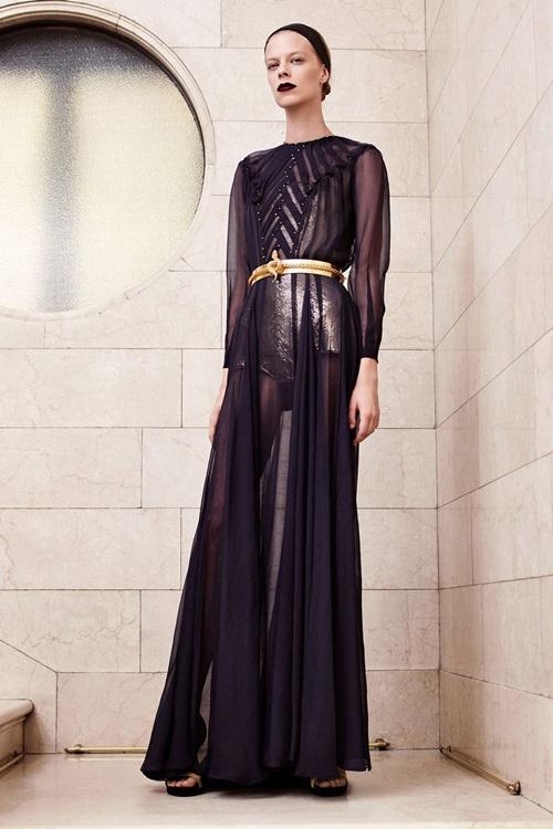 Nín thở vì đồ đẹp xuất sắc của đại gia làng mốt Versace - 7