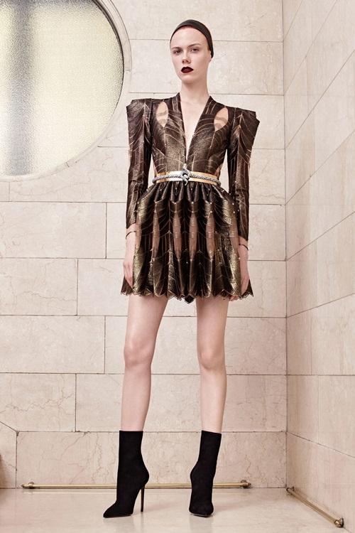 Nín thở vì đồ đẹp xuất sắc của đại gia làng mốt Versace - 6