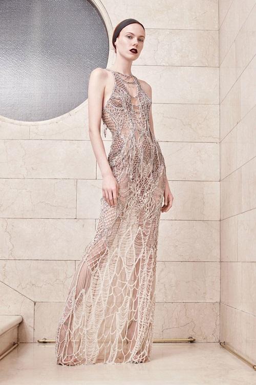Nín thở vì đồ đẹp xuất sắc của đại gia làng mốt Versace - 9