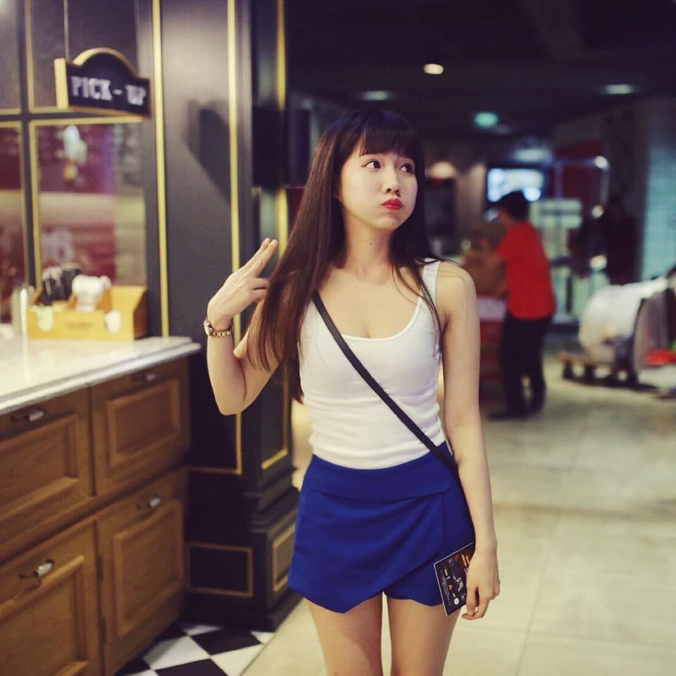 """""""Bạn gái mới"""" Sơn Tùng MTP mặc sexy vẫn gây thiện cảm - 1"""