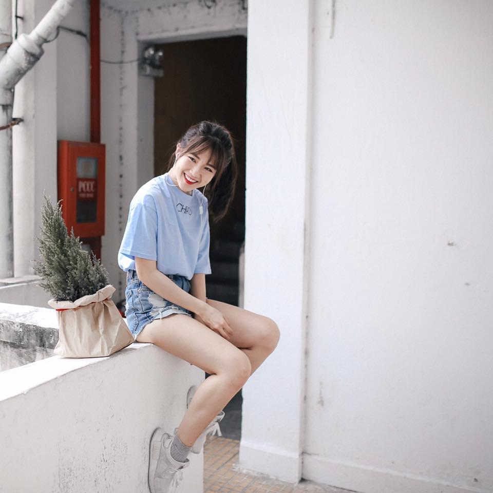 """""""Bạn gái mới"""" Sơn Tùng MTP mặc sexy vẫn gây thiện cảm - 2"""