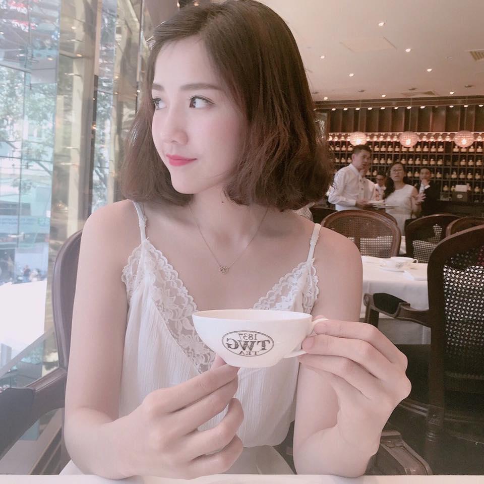 """""""Bạn gái mới"""" Sơn Tùng MTP mặc sexy vẫn gây thiện cảm - 9"""