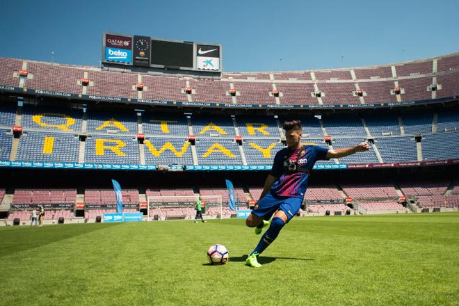 """Trải nghiệm giấc mơ sân cỏ ngay tại """"thủ phủ"""" Barcelona - 3"""
