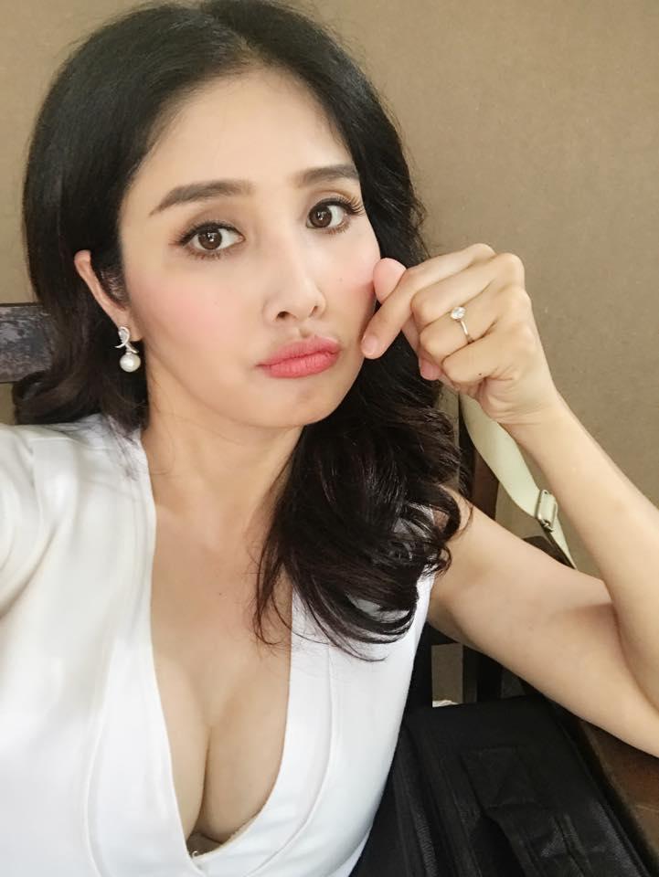 Hậu chia tay, tình cũ Phan Thanh Bình, Công Phượng ngày càng mê đồ trễ nải - 11