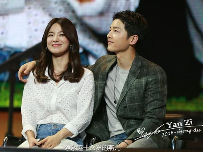 Mê mệt phong cách cặp tình chị duyên em Song Hye Kyo - Song Joong Ki - 12