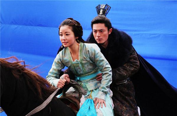 """Phim Trung Quốc """"lừa"""" khán giả ngoạn mục trong cảnh hành động - 17"""