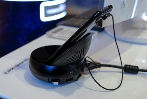 Trên tay Samsung DeX biến Galaxy S8 thành máy tính để bàn - 4