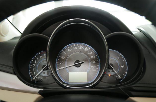 """Toyota Vios TRD - bản cao cấp nhất của """"vua"""" doanh số có gì? - 7"""