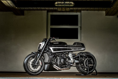 """Ducati Thiverval - """"Dị biệt"""" của sức mạnh - 2"""