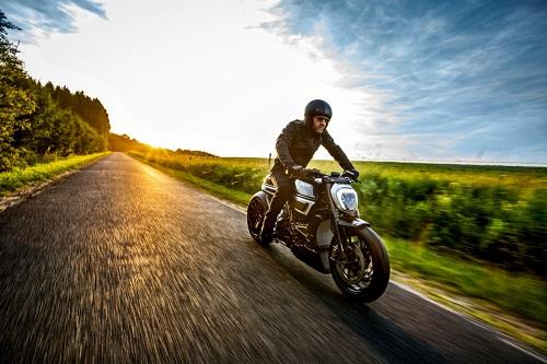 """Ducati Thiverval - """"Dị biệt"""" của sức mạnh - 5"""