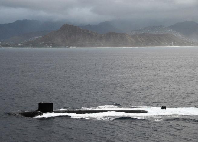Mỹ: Hawaii, Alaska lo tìm nơi trú ẩn tên lửa Triều Tiên - 2