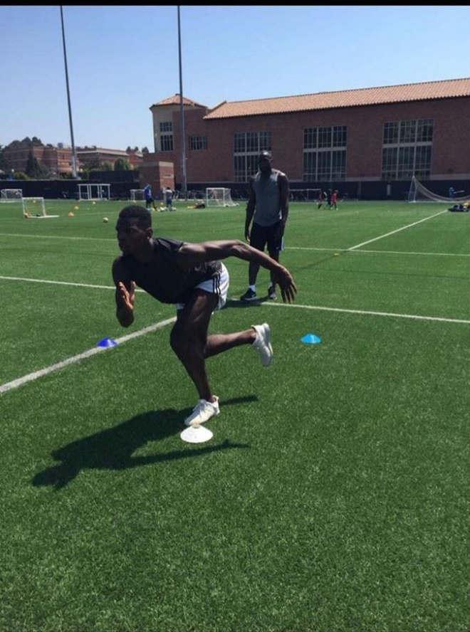 MU: Bom tấn Lukaku tập luyện ở Mỹ, Pogba giúp kiểm tra y tế - 3