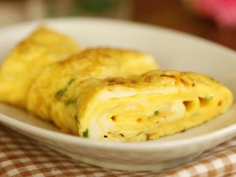 Vợ chỉ cần thêm 1 thứ này vào món trứng chiên, chồng sẽ thích, con sẽ mê - 4